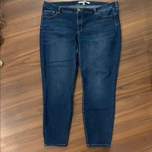 Mid rise ankle skinny blue jeans
